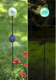Solar Garden Lights Change Colors at Night
